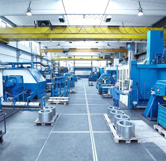 CNC und konventionelle Drehmaschinen